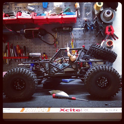 Working on my #U4RC #axial #wraith #teamstonerockers #teamdriver