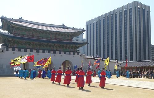 Co-Seoul-Palais-Gyeongbokgung-gardes (36)