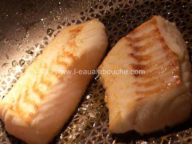 Dos de Cabillaud Sauce au Vin Blanc & Crevettes © Ana Luthi 011