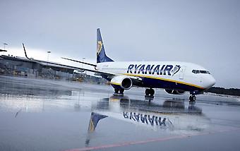 Ryanair B737-800 (Ryanair)