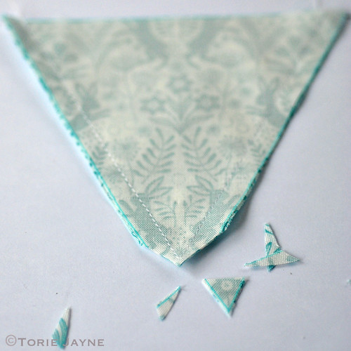 Mini bunting tutorial 4