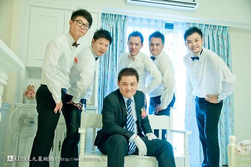 【高雄婚禮攝影推薦】婚禮婚宴全記錄:kiss99婚紗公司,網友都推薦的結婚幸福推手! (16)