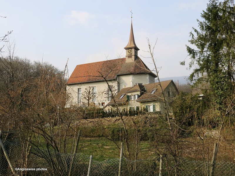 Church St. Niklaus, Feldbrunnen