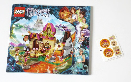 LEGO Elves 41074 Azari and the Magical Bakery ins01