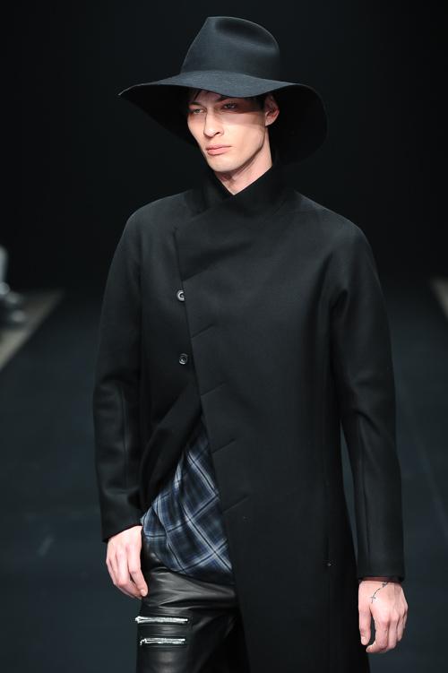 FW15 Tokyo ato048_Dima Dionesov(Fashion Press)