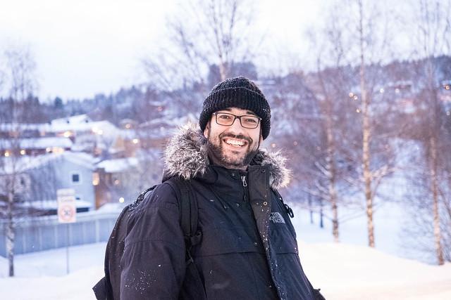 Esperando el bus en Sverresborg