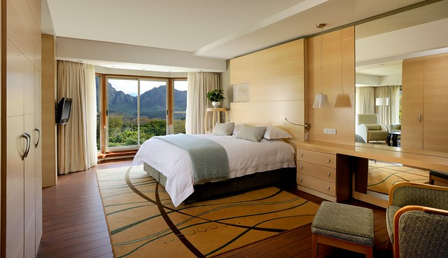Mountain Facing Suite Room 350