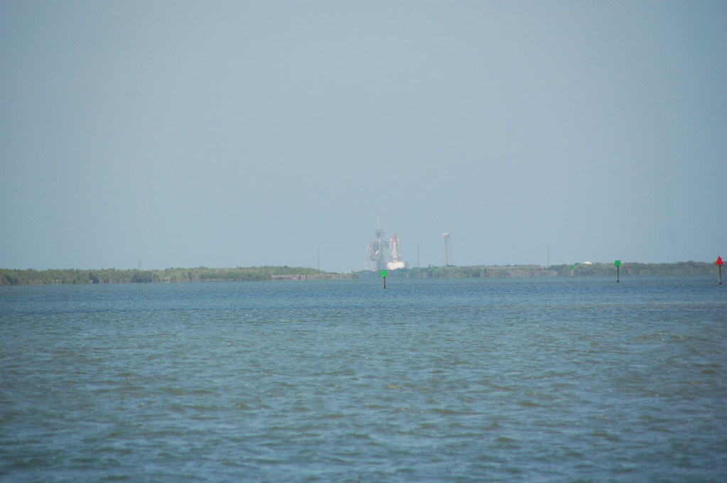 Shuttle beginning to launch