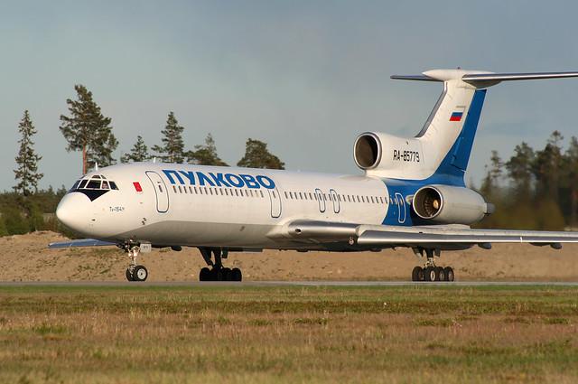 RA-85779 Arlanda 2006