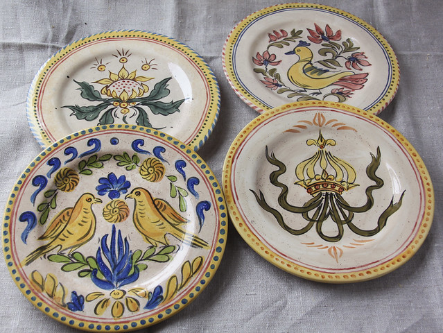 Painted 20cm plates