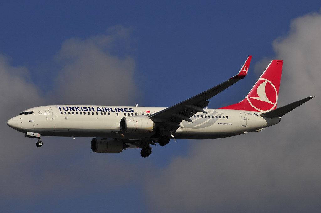 TC-JHZ - B738 - Turkish Airlines
