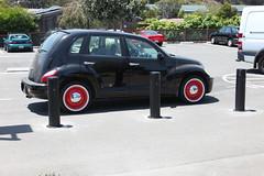 automobile, automotive exterior, wheel, vehicle, chrysler pt cruiser, subcompact car, city car,