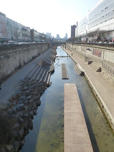 Co-Seoul-Porte Heunginjimun (17)