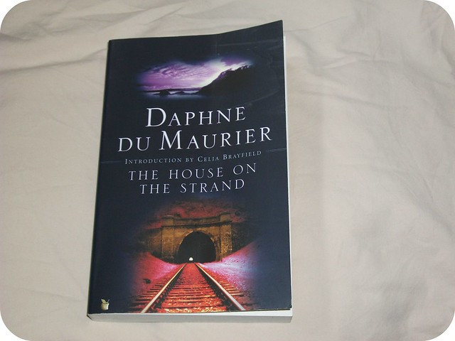 Daphne du Maurier The House on the Strand