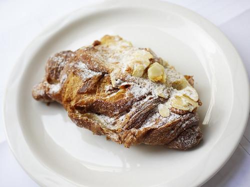 04-15 almond choc croissant