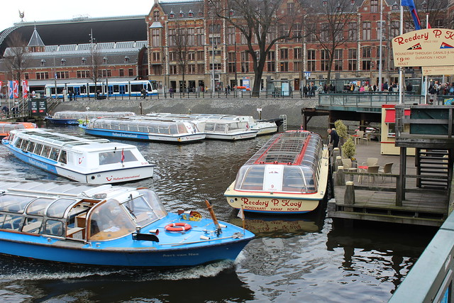 Sightseeing boats in front of Central Station