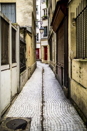 A passage near Saint-Denis Street