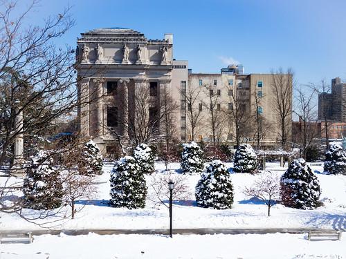 Brooklyn Museum, side