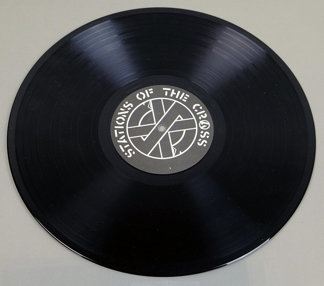 "CRASS ?STATIONS OF THE CRASS 12"" 2LP VINYL"