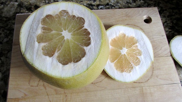 Foodie Exploration: Pomelos