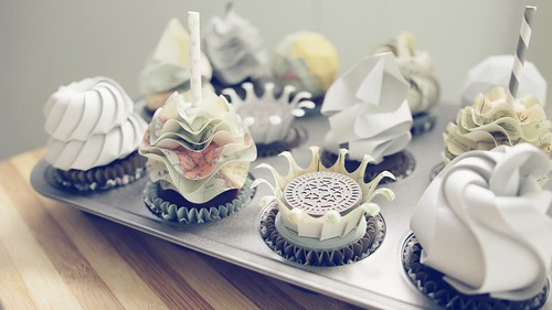 Origami Paper Cupcakes by Fiber Lab