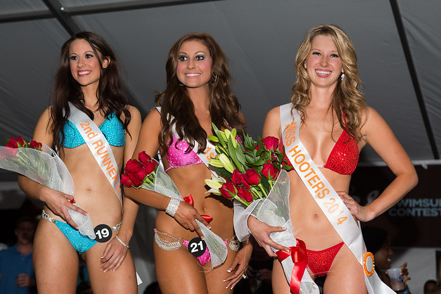 2014 Hooters Central Carolina Swimsuit Contest