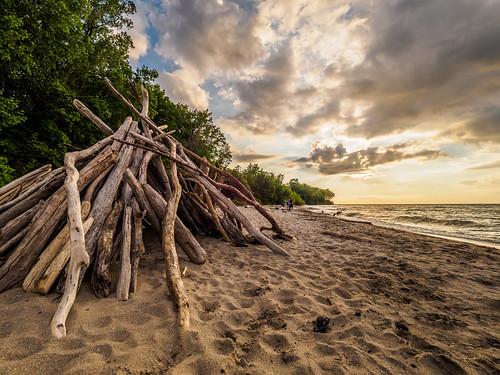 sunset ohio beach nature lakeerie cleveland edgewater metroparks edgewaterstatepark