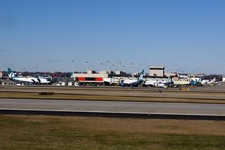 ATL AIRPORT AIR TRAN CONCOURSE FROM 777 N860DA DELTA FLIGHT ATL-JFK