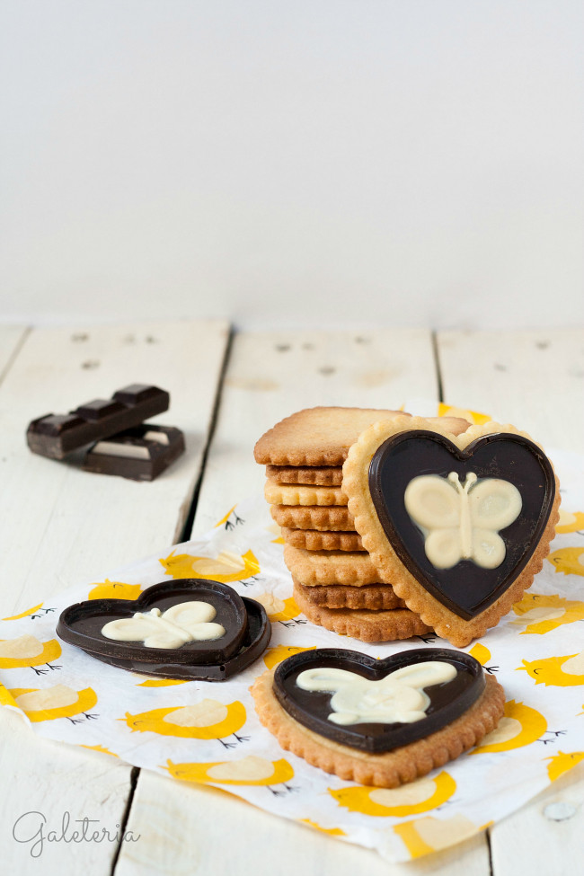 galletas de naranja y almendra con chocolate