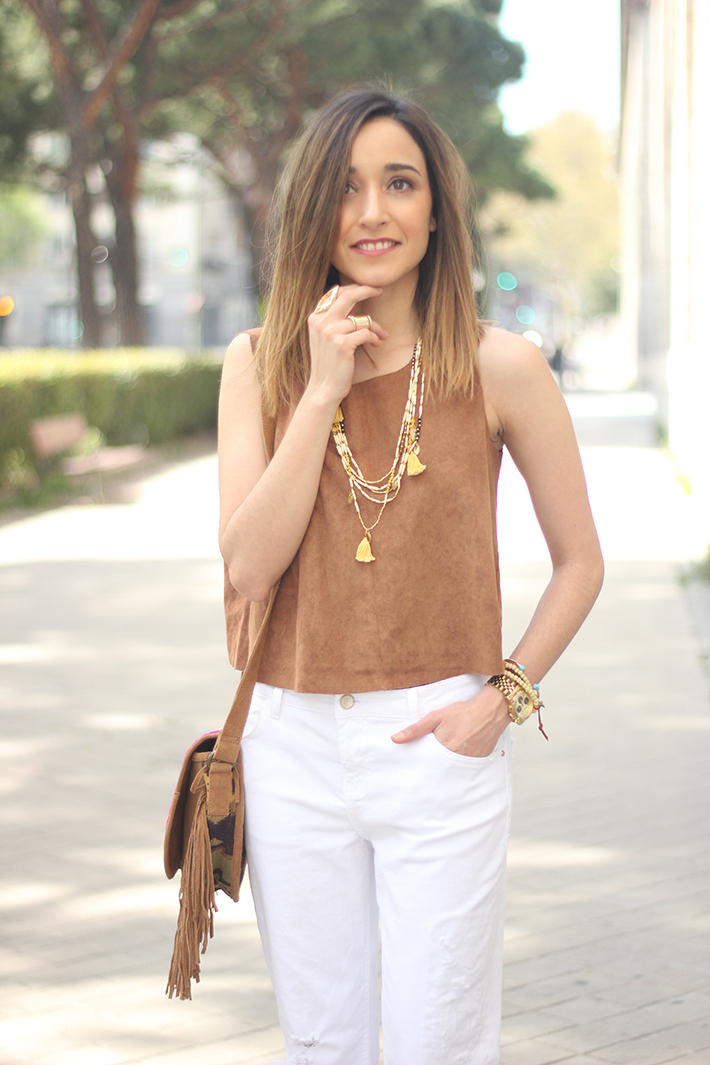 suede top suiteblanco white boyfriend jeans zara fringed purse dayaday 18