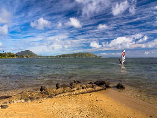 seascape beach clouds landscape hawaii surf oahu bluesky olympus pacificocean windsurfing honolulu omd kokohead kokocrater em5