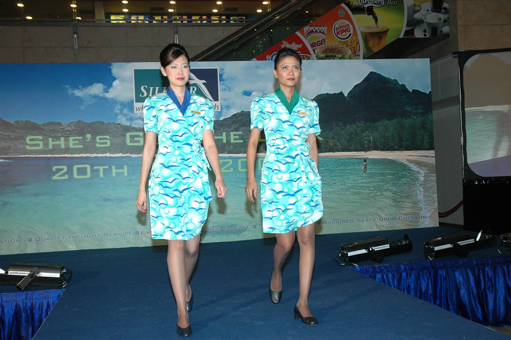New Look for SilkAir Cabin Crew by Singapore Designer, Alexandria Chen - Alvinology