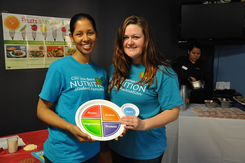 MyPlate On Campus Ambassadors at California State University, San Bernardino (CSUSB) host nutrition events for other students on their campus.