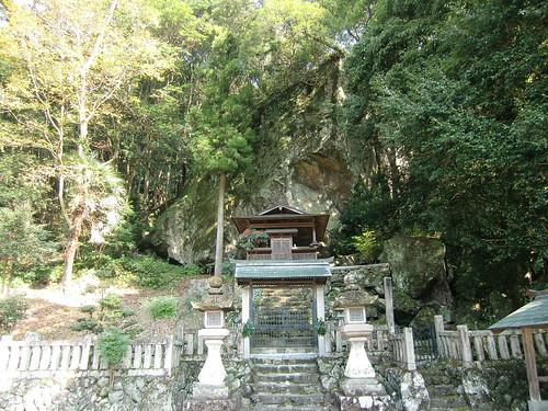 09 岩神神社(奈良県)