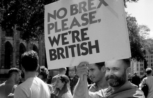 March For Europe anti brexit March, London, United Kingdom 02/06/16. Img-06