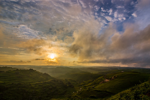sunset clouds abodeofclouds hills shillong meghalaya india monsoon landscape nature sundown