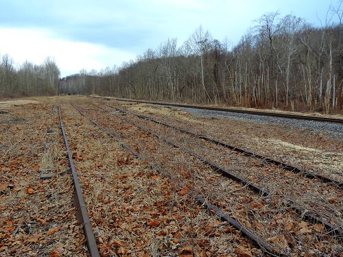 old railroad abandoned pennsylvania tracks rusty forgotten rails dunbar railyard swp fayettecounty wmr westernmarylandrailway southwestpennsylvaniarailroad bowestyard