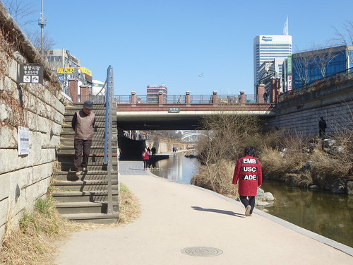 Co-Seoul-Cheonggyechen-Canal (27)