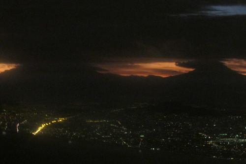 mountain sunrise dawn volcano mexicocity airborne daybreak ciudaddeméxico 2015 valledemexico mexico2015