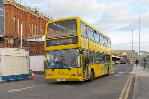 VLV417 Yellow Buses Bournemouth Y417CFX