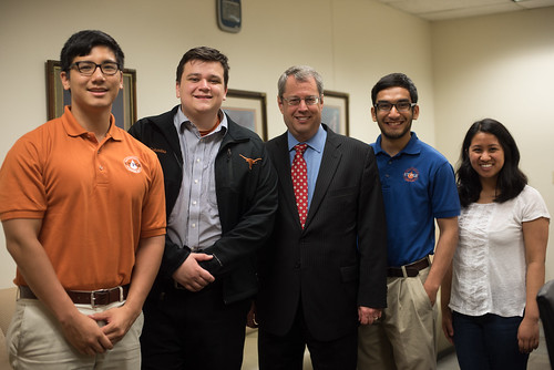 Texas Railroad Commissioner David Porter visited UT PGE Wednesday, March 25, to speak with students and faculty. Afterwards, AADE officers met with Porter to garner more insight on the role of the commissioner.