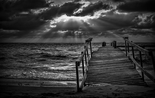 ocean sunset sea bw sun white black water clouds sand surf sunsets rays sunrises storms sundays caribbeann beacheslandscapes cloudsstormssunsetssunrises