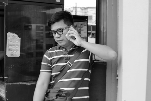 life street city bw 35mm photography call philippines streetphotography phonecall human sur activity region bicol irigacity camarines iriga simplepeople
