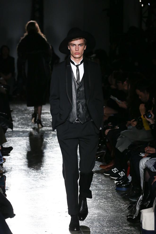 Marc Schulze3138_FW15 Tokyo 5352 POUR LES HOMMES ET LES FEMMES(fashionsnap.com)