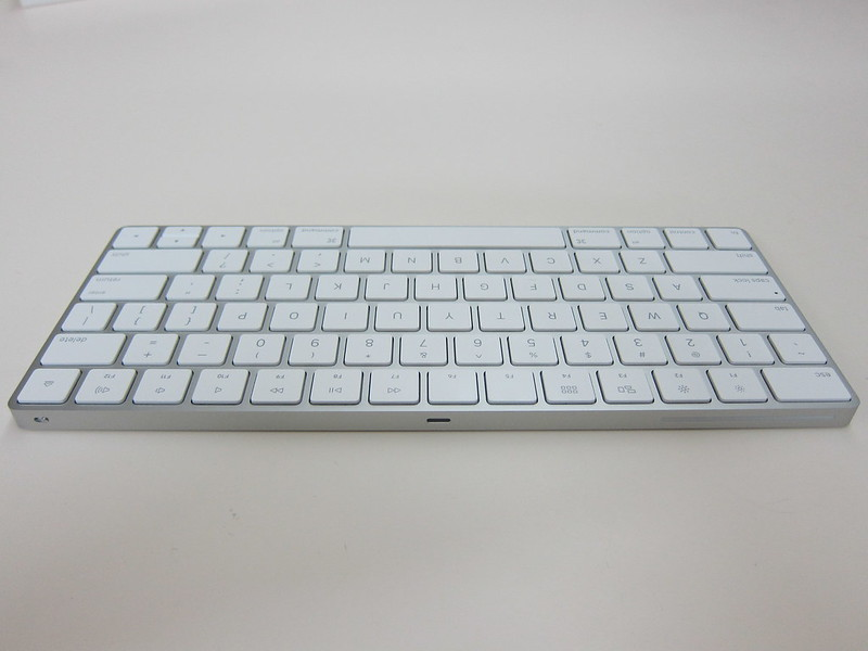 Apple Magic Keyboard - Back