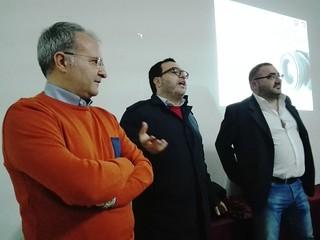 Da sinistra Luigi Mastantuono, l'assessore Altieri e Giacomo Troiani, presidente Pro Loco