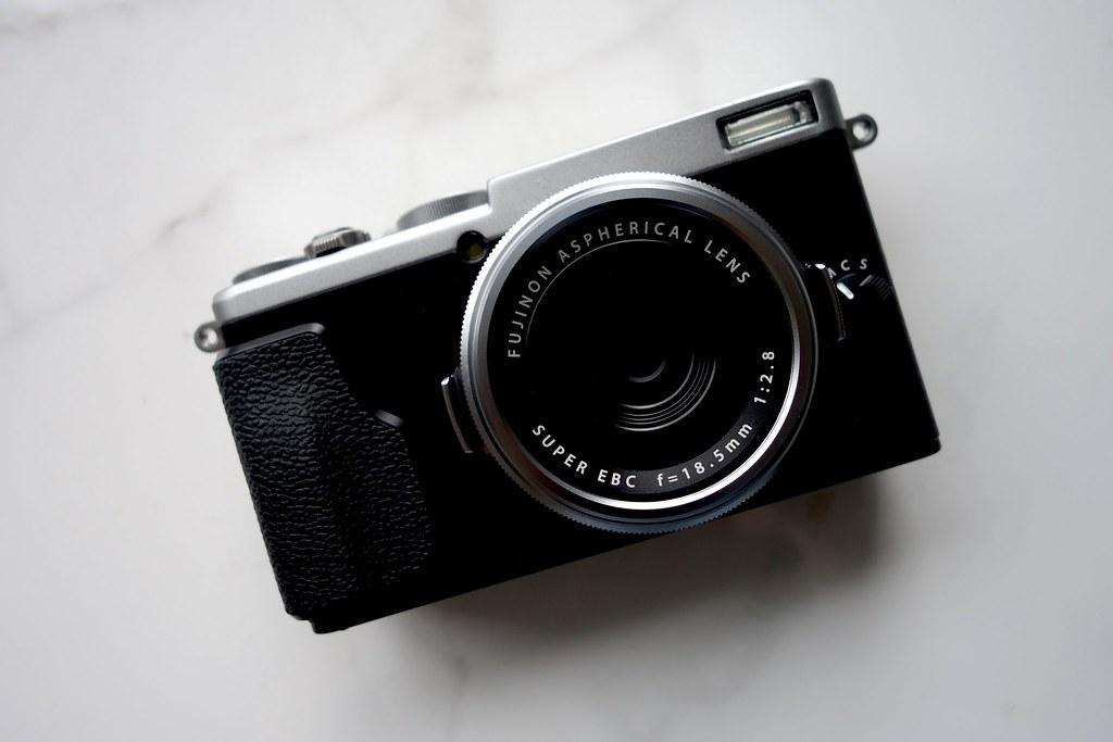 FujiFilm X70 Camera