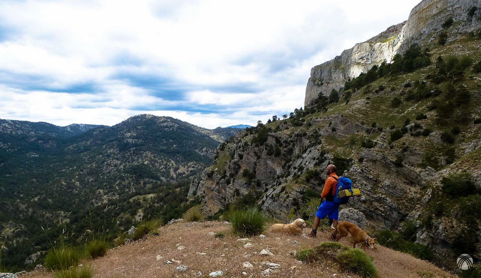 En un poyete con vistas a toda la cuenca alta del Guadalentín