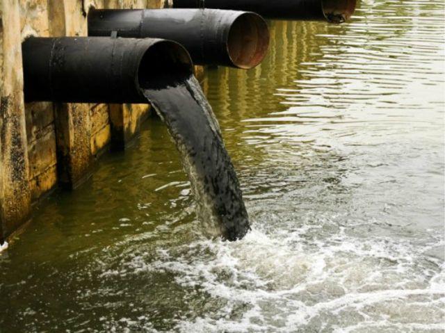 1_agua contaminacion.jpg