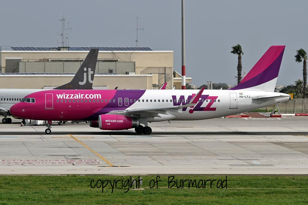 HA-LYJ - A320 - Wizz Air
